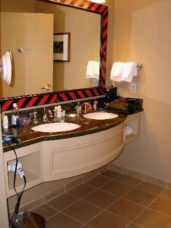 Bathroom Vanities Kissimmee bathroom vanity - picture of gaylord palms resort & convention
