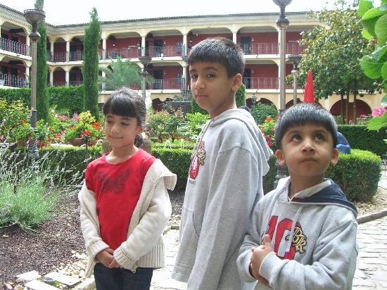 "Hotel ""El Andaluz"" Europa-Park: the kids in the garden"