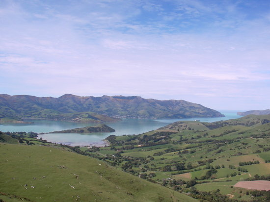 Akaroa, New Zealand: NZ Akoroa