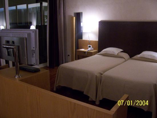 Eurostars Monte Tauro: stanza da letto
