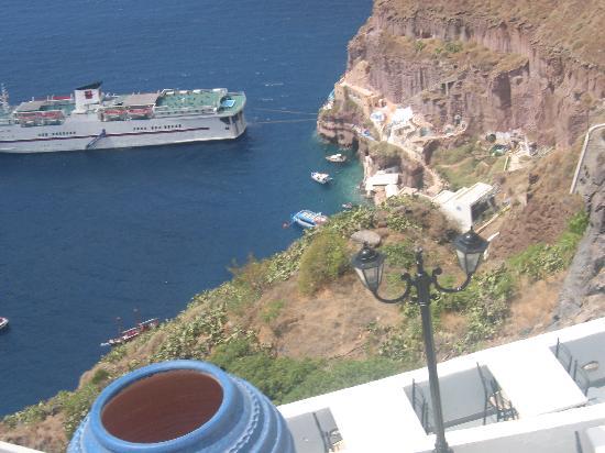 Loucas Hotel : hotel view