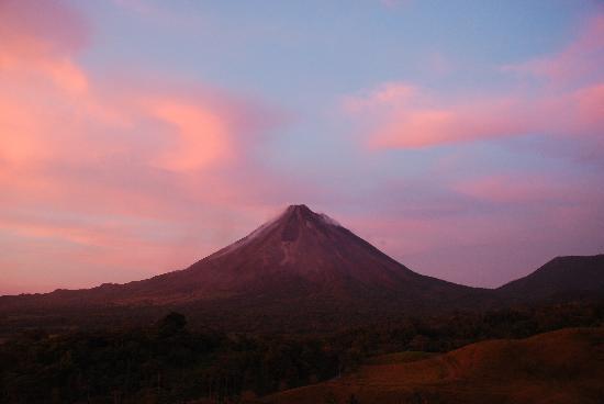 Loma Linda: Arenal Volcano