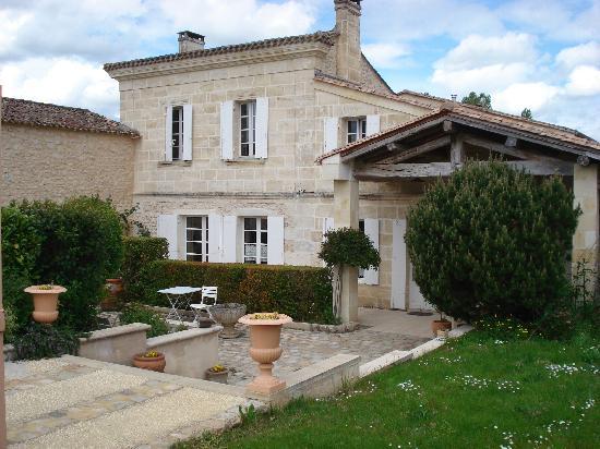 Chateau La Closerie De Fronsac: the house