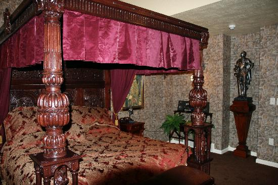 Lions Gate Manor: Medieval Style Room