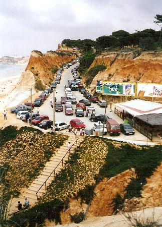 Plage de Falesia : Steps to the beach