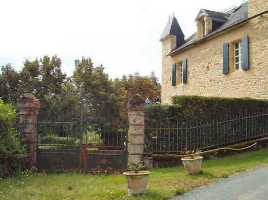Le Mas de Hiboux : Garden gates