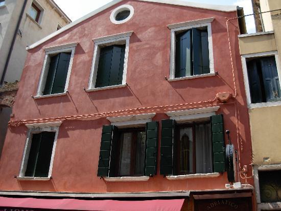Hotel Adriatico: facciata