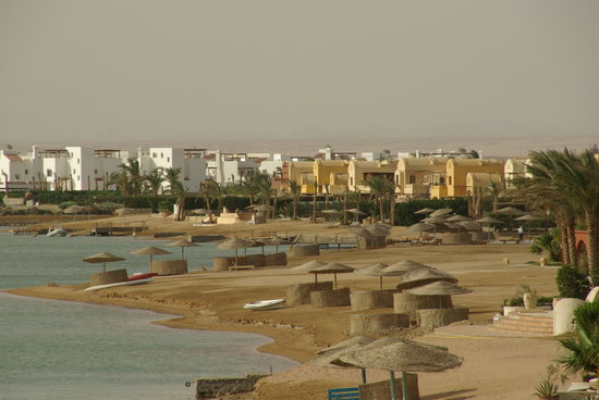 El Gouna, Egypt: Small canals and bays that are all over the city
