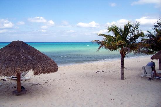 Nachi Cocom Beach Club Water Sport Center