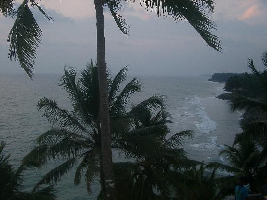 Sea Breeze Beach Resort: View from Trattorias