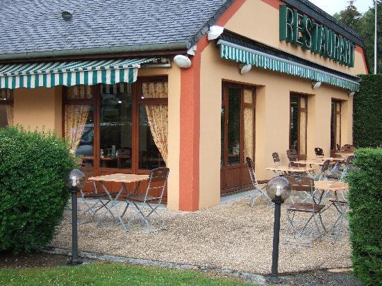 Campanile Lourdes : Rezeption/Restaurant/Frühstücksraum
