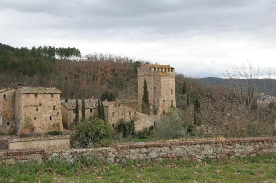 Il Castello del Poggiarello di Stigliano: Picture of the Castello