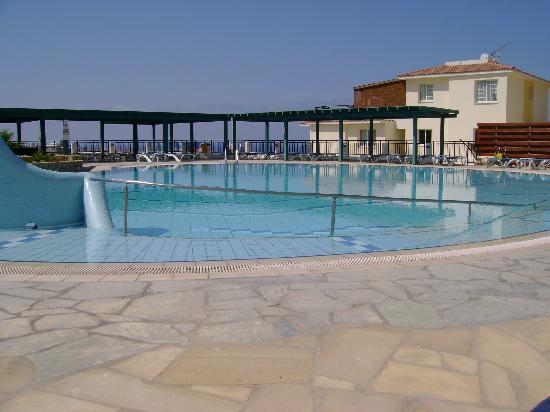 Khlorakas, Cyprus: outdoor pool