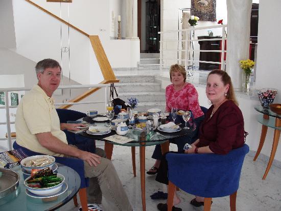 Villa St Maxime : Gala breakfast