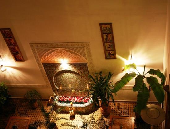 Riad Attarine: ambiance de soirée