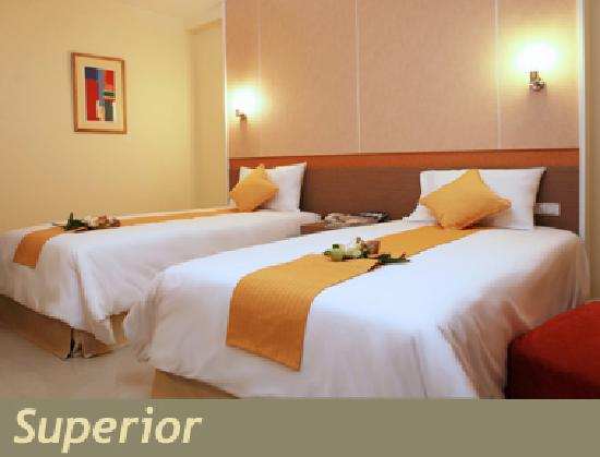 The Monmanee Travel & Lifestyle Hotel : Superior room