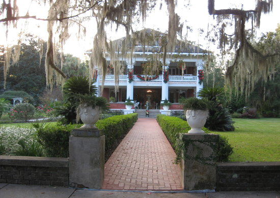 Herlong Mansion Bed and Breakfast Inn: Herlong's welcoming entrance
