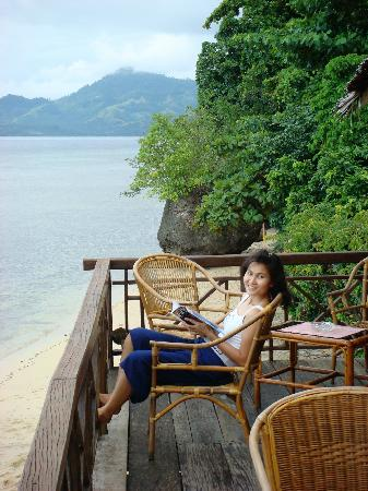 Bunaken Cha Cha Nature Resort: Restaurant Balcony