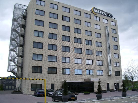 Bastion Hotel Rotterdam Alexander: Bastion Hotel, facade