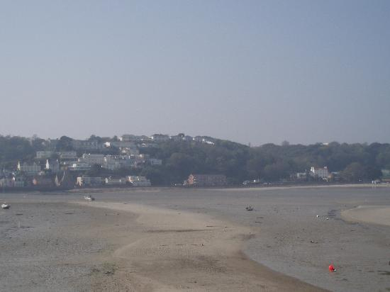 La Haule Manor: View across St Aubins bay back to Dry land, you can see the hotel in the right of the picture