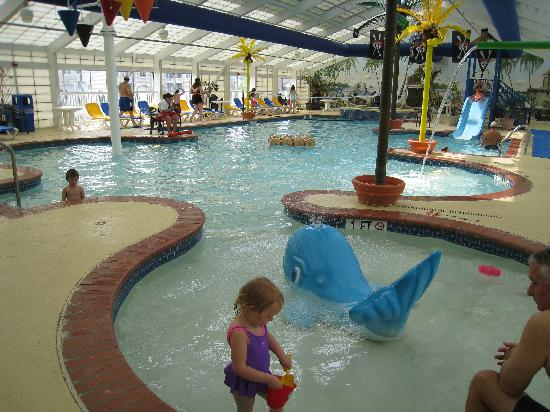 Francis Scott Key Family Resort: The indoor pool