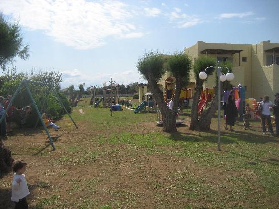 Grecotel Casa Marron: Lakopetra - Playground
