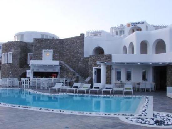 Agios Stefanos, Grækenland: Pool area