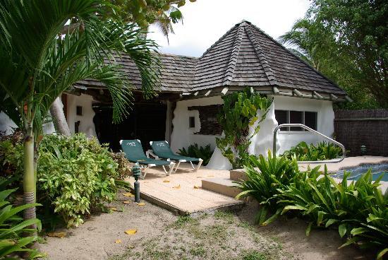 Galley Bay Resort: Gaugin Cottage