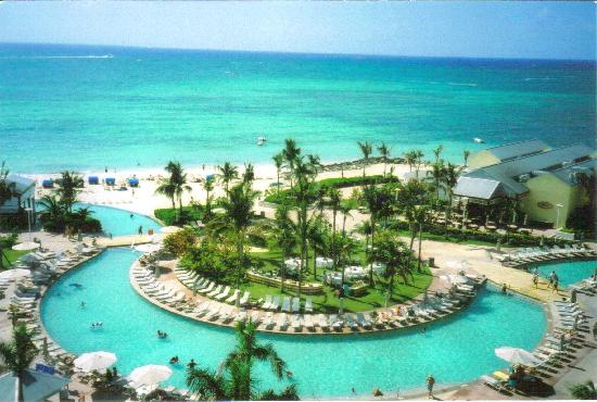 Discovery Cruise Bahamas : why you want to get OFF the boat!