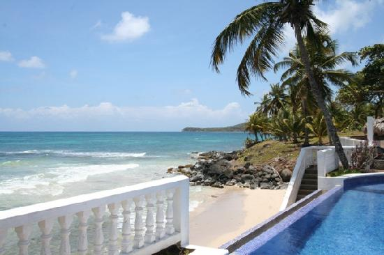 Casa Canada: View of Beach Area from Pool