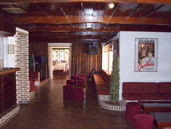 Casablanca Inn: The lounge/bar