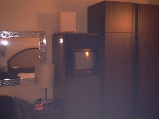 Hotel Novecento: Mueble habitación