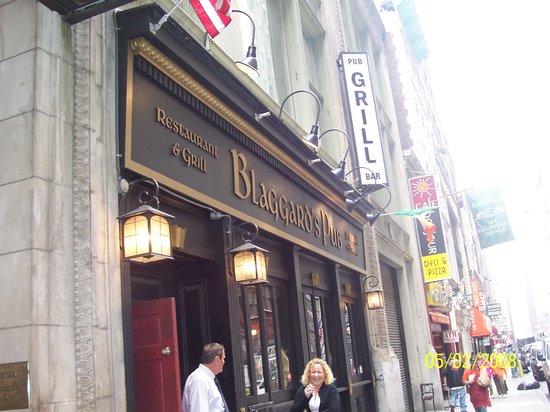 Blaggard's Pub : The entrance