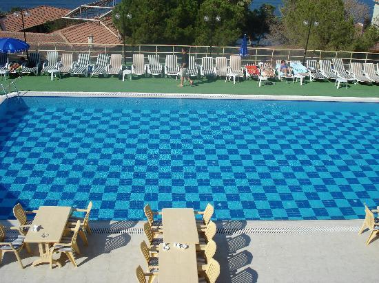 Arora Hotel: Outdoor pool