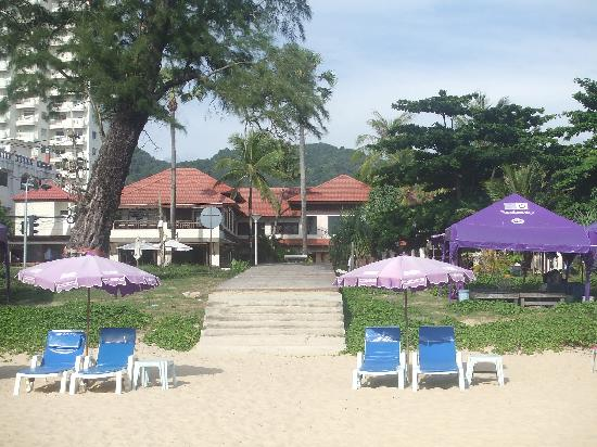 Ramada Phuket Southsea: a view of the hotel from the beach