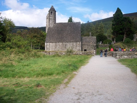 Vale of Glendalough, Irlanda: St. Kevin's Church