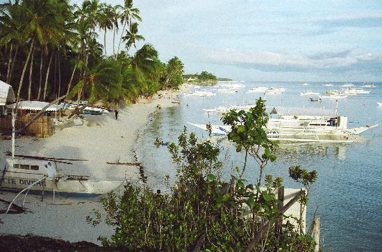Kalipayan Beach Resort View Of Alona