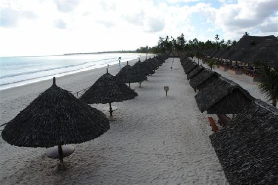 Hotel South Beach Resort Dar Es Salaam: Cabana's On Beach Front