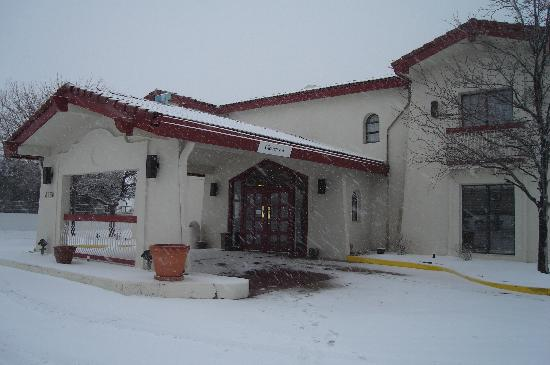 Econo Lodge: Wintertime