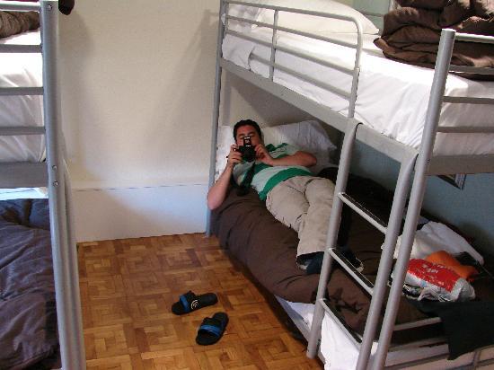 Somnio Hostels Book Bed Breakfast Europe