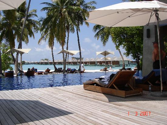W Maldives: main pool