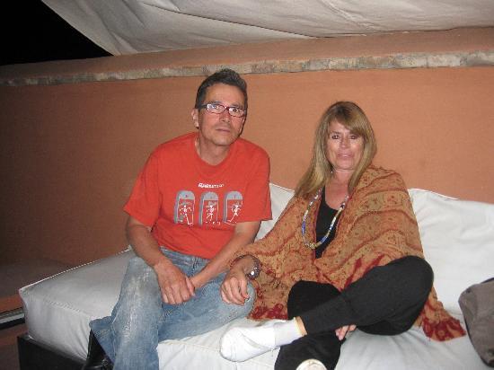 Riad Djebel: con Miguel estrenando toldo