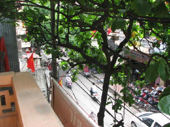 Sunshine Hotel 3 : View from balcony