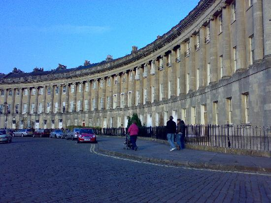 Apsley House Hotel: The Royal Crescent