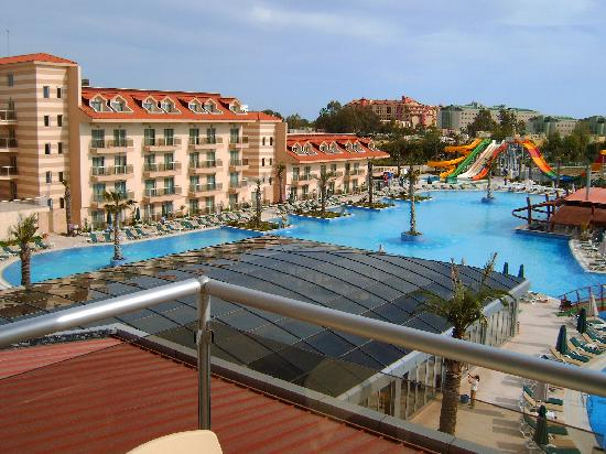 Dionysos Hotel Sports & Spa: Pool