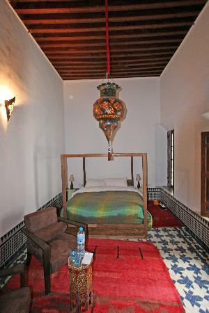 Riad Tizwa Fes: Bedroom