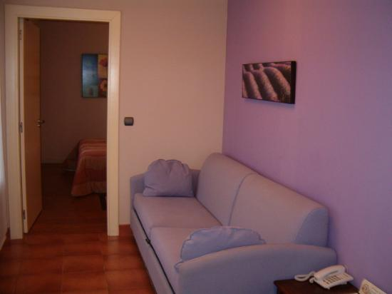 Hotel Gametxo: Sofá cama