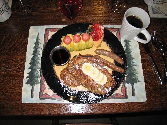 Arnold Black Bear Inn: Wonderful breakfast