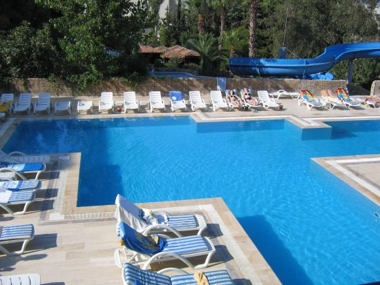 The Sense De Luxe Hotel: Back Pool - view from room