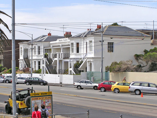Esplanade Hotel: Marli Place, nos. 3-7 The Esplanade, St. Kilda  -  built in the early 1850's for J.S.Johnston  :